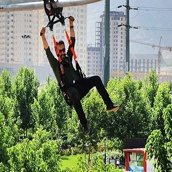 زیپ لاین دریاچه چیتگر تهران